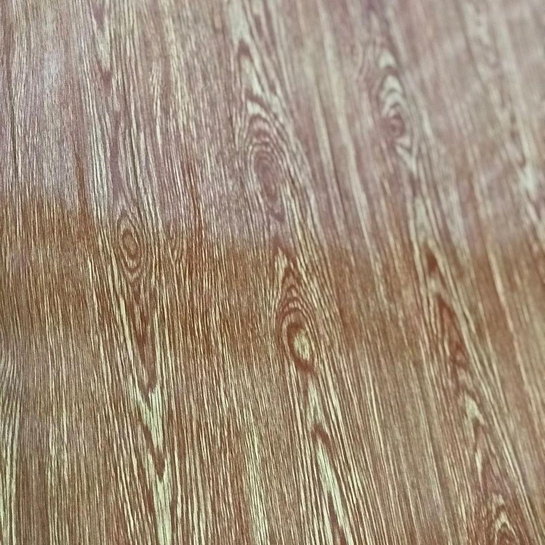 telha-que-imita-estampa-de-madeira (1)